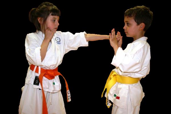Corsi di Koryu Uchinadi per bambini a Cesena